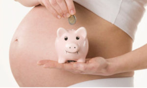 saving-money-on-maternity-leave